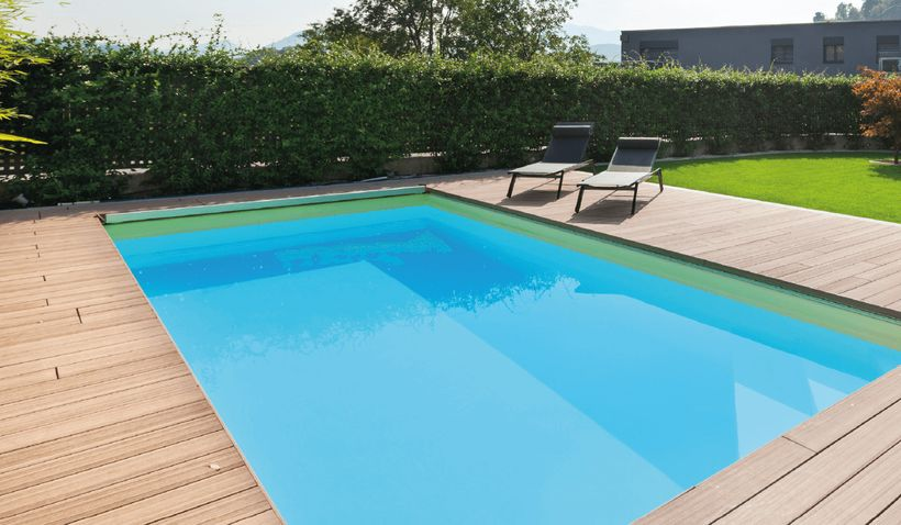 Piscine enterree urban 5x5m cash piscines for Tarif piscine enterree